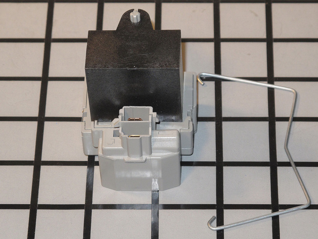 CLS30820001 CLS30820001 LG THERMISTOR ASSEMBLY