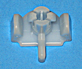 4162321 Maytag White Dishwasher Lower Rack Roller Plastic Axle